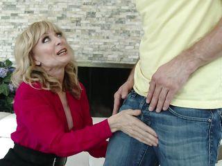 Смотреть порно женщин зрелого возраста