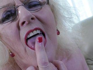 Порно дрочка жесть